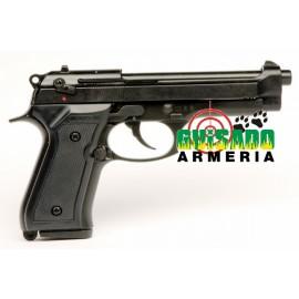 Pistola Bruni modelo F92 9 mm.